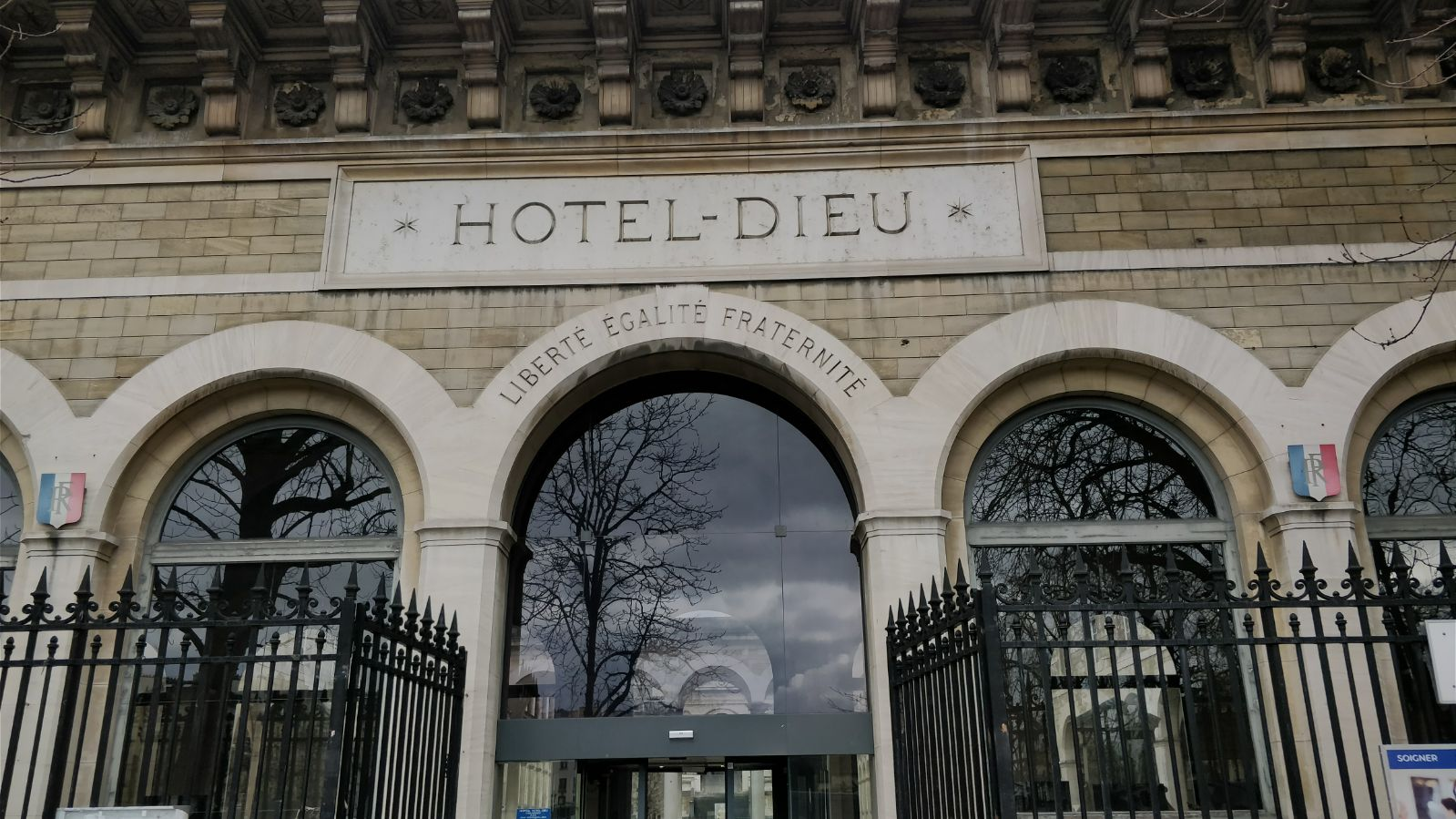 Photo De L'hotel Dieu Paris